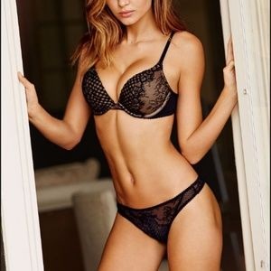 Victoria Secret Bombshell Fishnet & Lace Push up